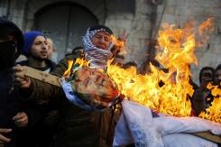 Jérusalem: les Palestiniens se mobilisent, le monde réprouve A5b82b731a010871835c0fe8a8faa933e90345ab